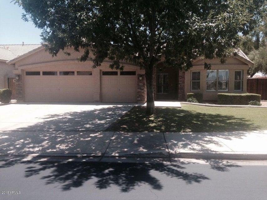 Photo of 1391 W Bartlett Way, Chandler, AZ 85248