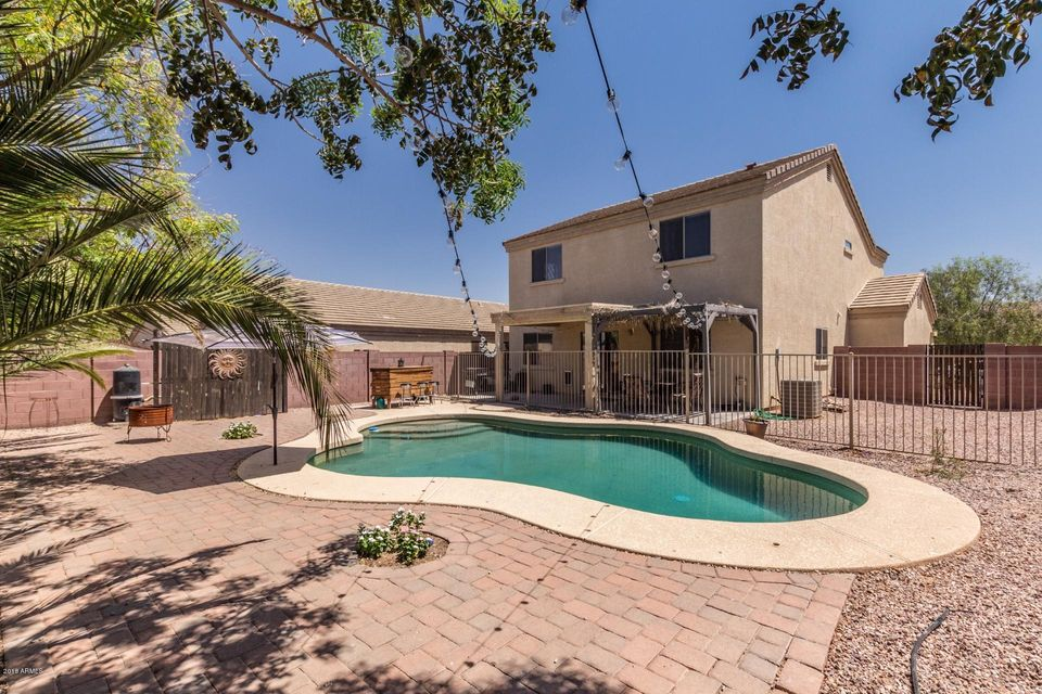 MLS 5767014 574 W ENCHANTED DESERT Drive, Casa Grande, AZ Casa Grande AZ Private Pool