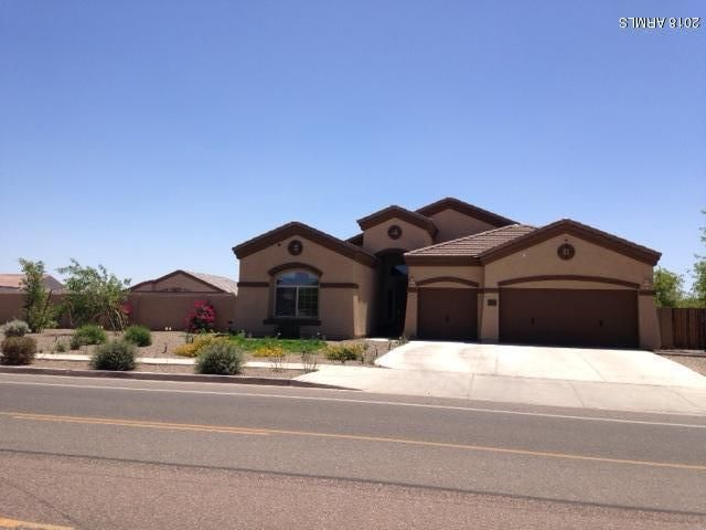 Photo of 8381 W MISSOURI Avenue, Glendale, AZ 85305