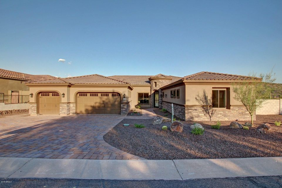 Photo of 4071 S WILLOW SPRINGS Trail, Gold Canyon, AZ 85118