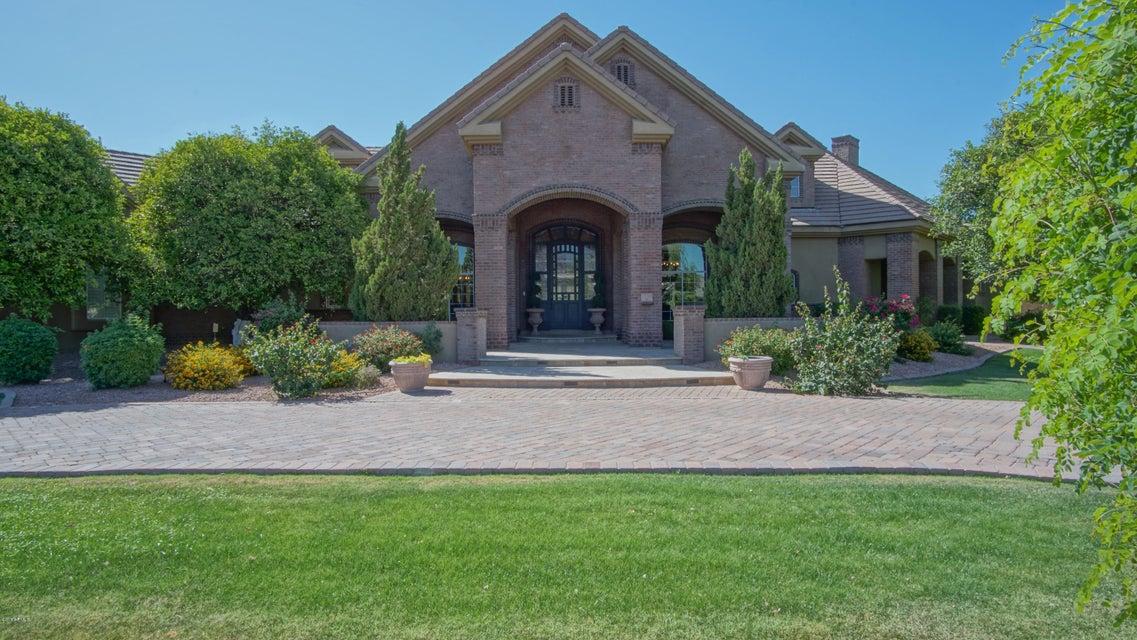 Photo of 3924 E MALLORY Circle, Mesa, AZ 85215