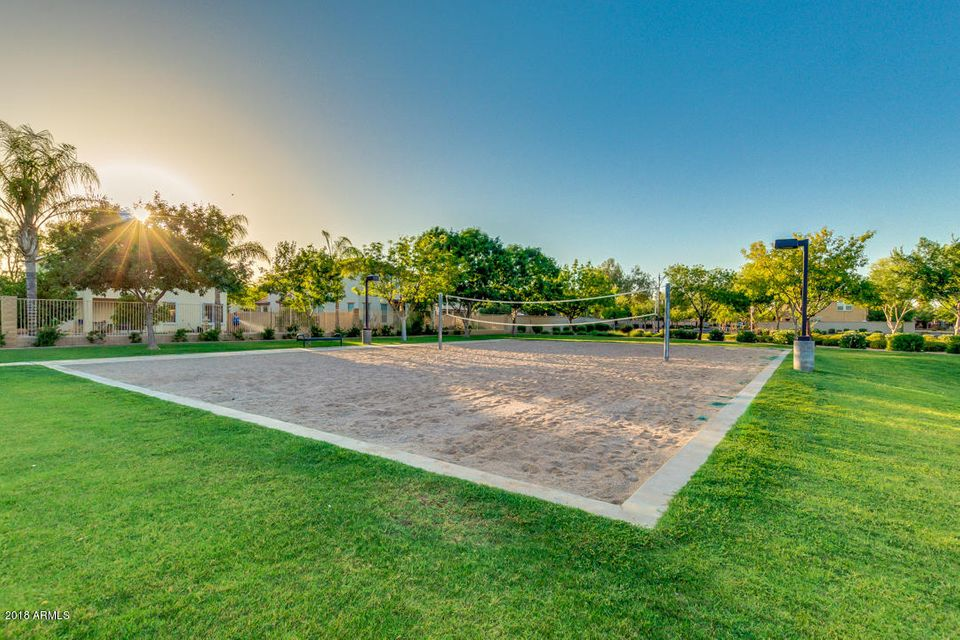 MLS 5768443 4045 E WINDSOR Drive, Gilbert, AZ Gilbert AZ Condo or Townhome