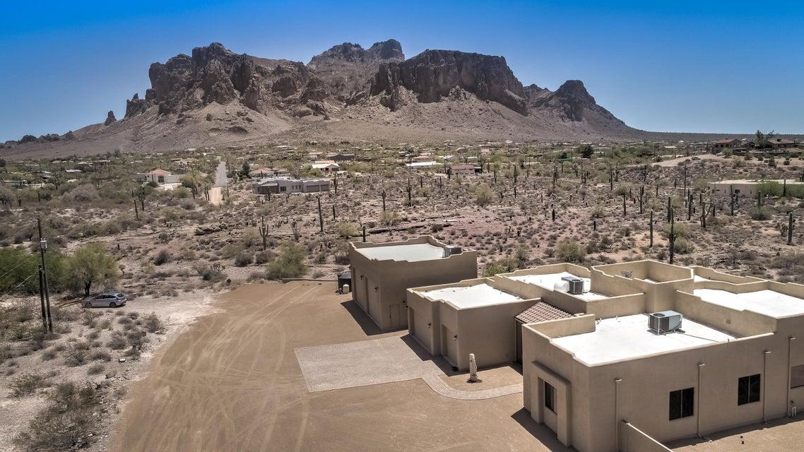 MLS 5768496 4947 E BELL Street, Apache Junction, AZ 85119 Apache Junction AZ Luxury