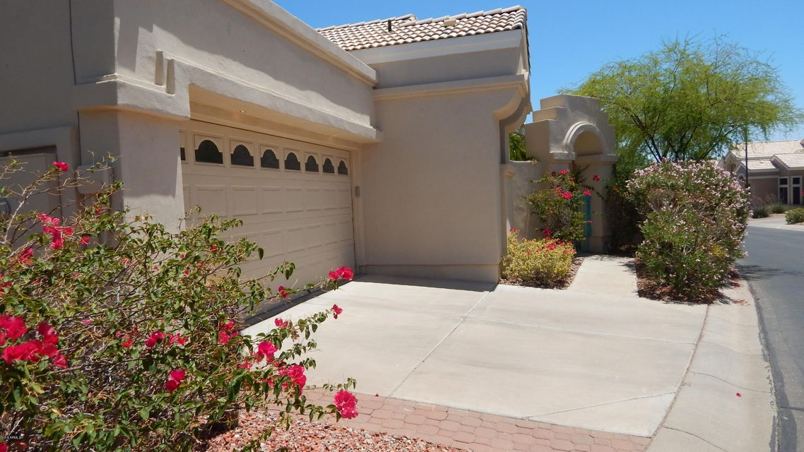 Photo of 15871 S 11TH Place, Phoenix, AZ 85048