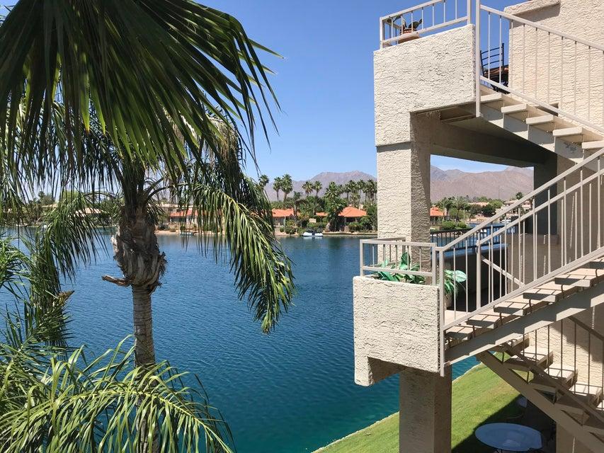 Photo of 10080 E MOUNTAINVIEW LAKE Drive #252, Scottsdale, AZ 85258