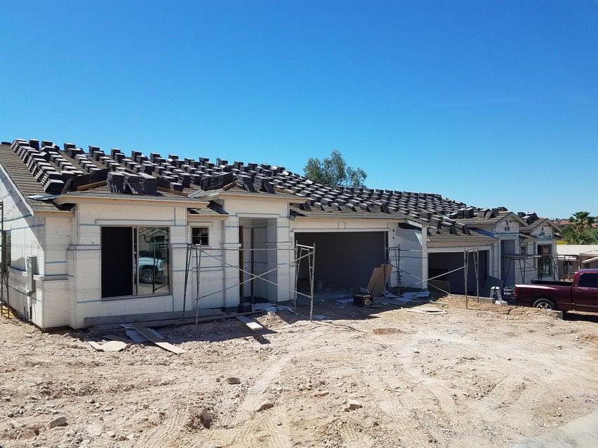 Photo of 14037 N BRUNSWICK Drive #B, Fountain Hills, AZ 85268