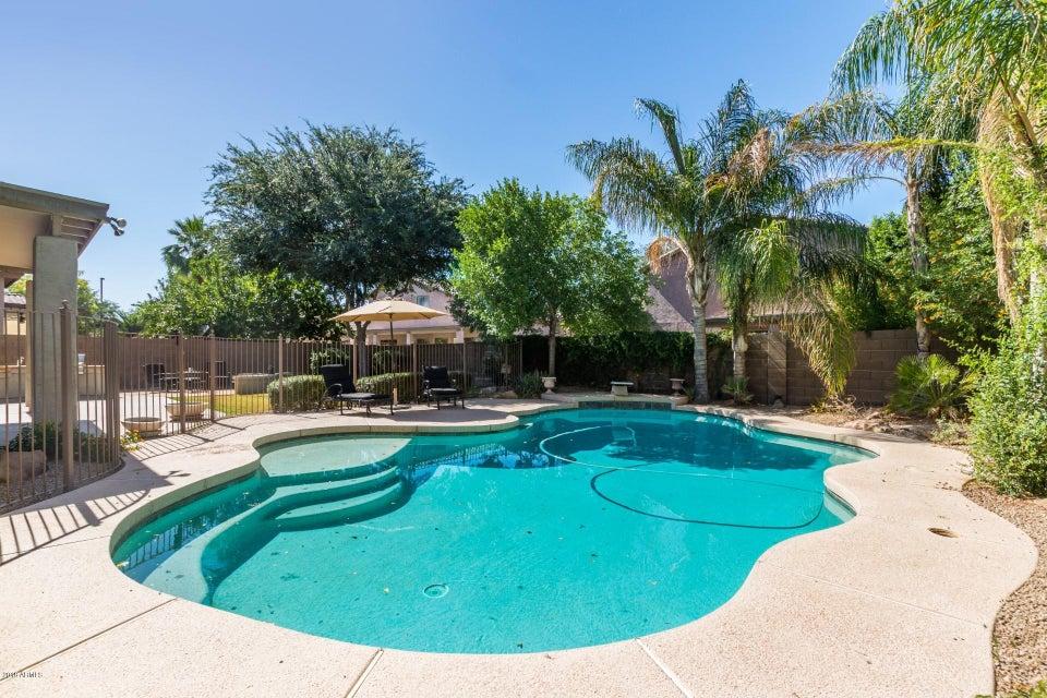 MLS 5770667 1724 E PARK Avenue, Gilbert, AZ 85234 Gilbert AZ Val Vista Lakes