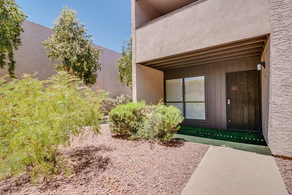 Photo of 886 W GALVESTON Street #126, Chandler, AZ 85225