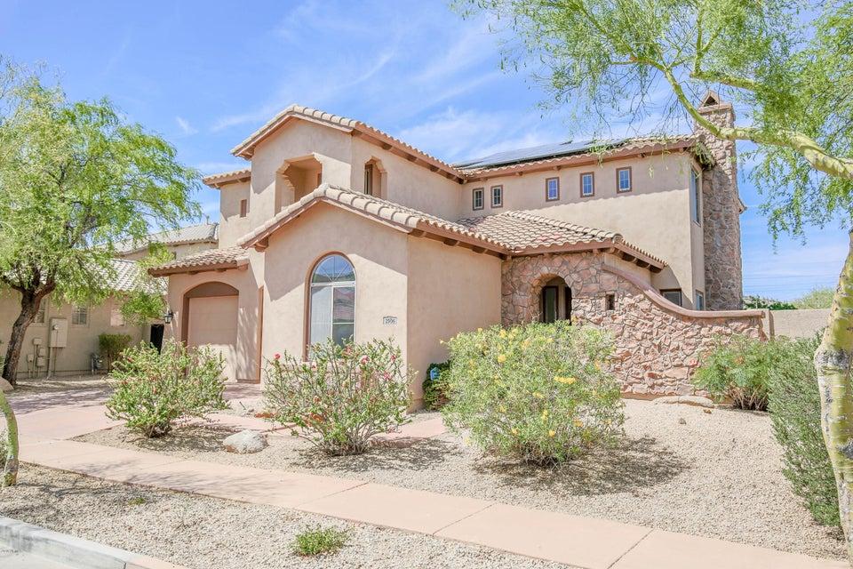 Photo of 2906 W DONATELLO Drive, Phoenix, AZ 85086