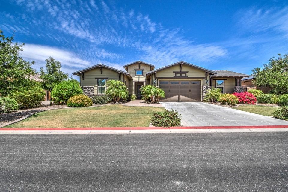 Photo of 3664 E ELLIS Street, Mesa, AZ 85205