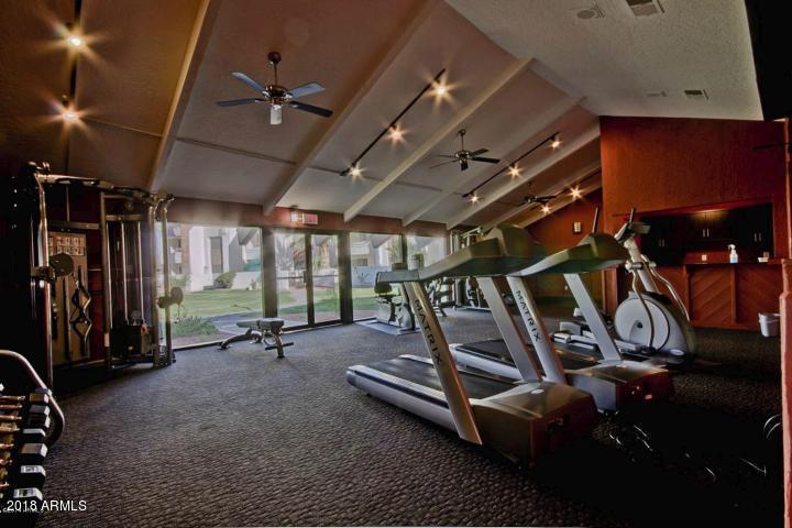 MLS 5770359 7350 N VIA PASEO DEL SUR -- Unit M204 Building M, Scottsdale, AZ Scottsdale AZ Golf