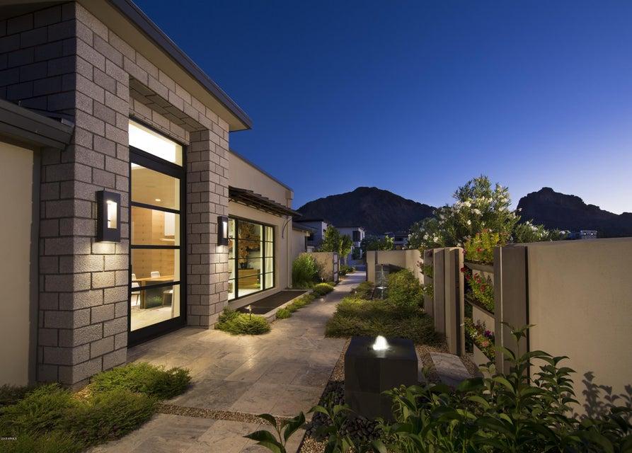 Property for sale at 5655 E Huntress Drive, Paradise Valley,  Arizona 85253