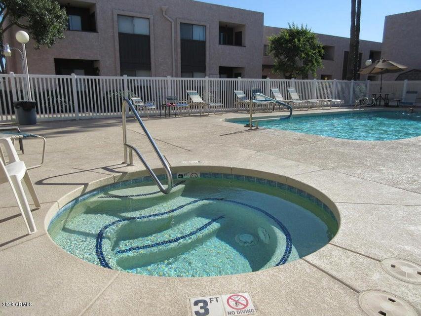 Photo of 886 W GALVESTON Street #221, Chandler, AZ 85225