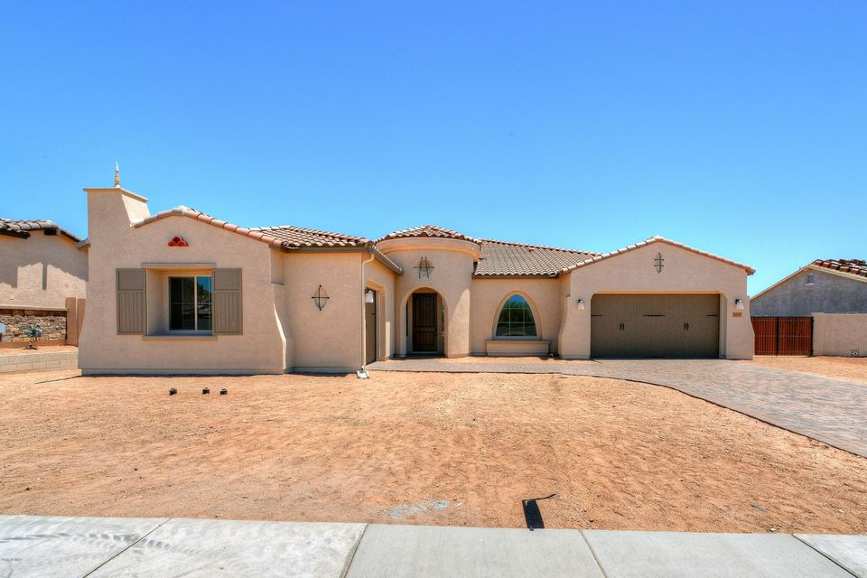 Photo of 1319 N CHATSWORTH Street, Mesa, AZ 85207