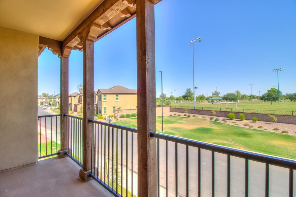 MLS 5771541 972 W Kaibab Drive, Chandler, AZ 85248 Community Pool