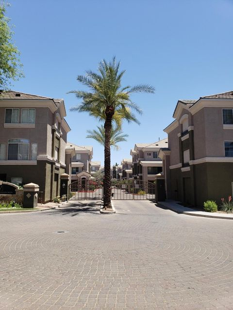 Photo of 4455 E PARADISE VILLAGE Parkway W #1077, Phoenix, AZ 85032