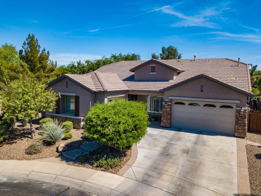 Photo of 1657 E Glacier Place, Chandler, AZ 85249