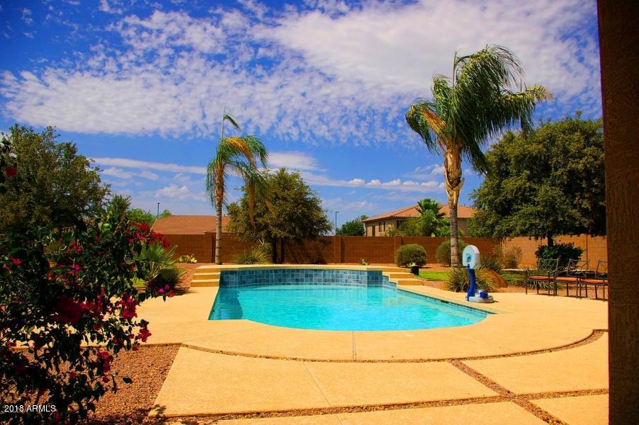 MLS 5772042 4084 E RAVENSWOOD Drive, Gilbert, AZ 85298 Gilbert AZ Seville