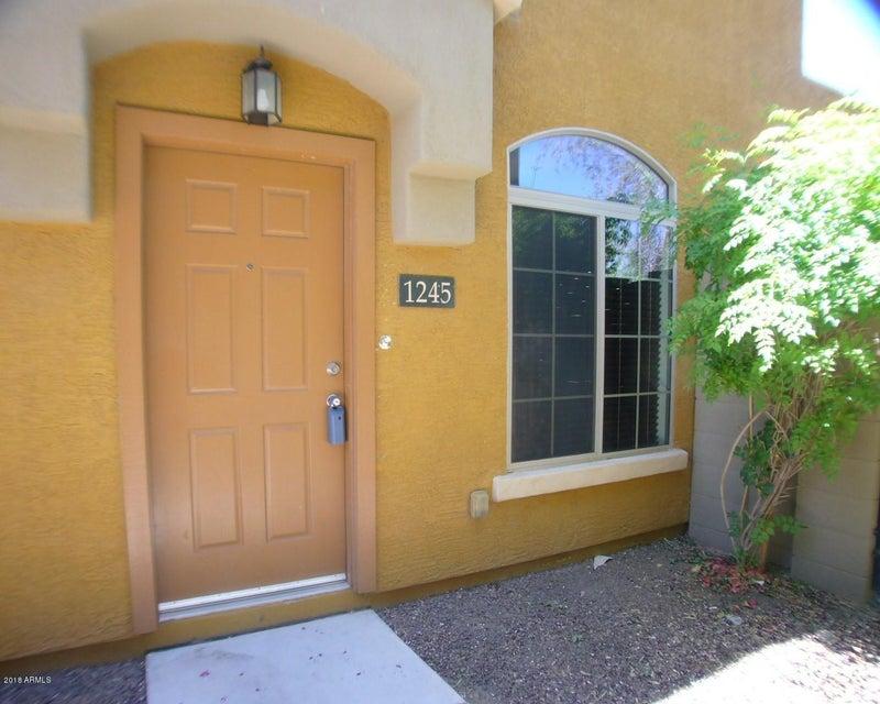 Photo of 2725 E MINE CREEK Road #1245, Phoenix, AZ 85024