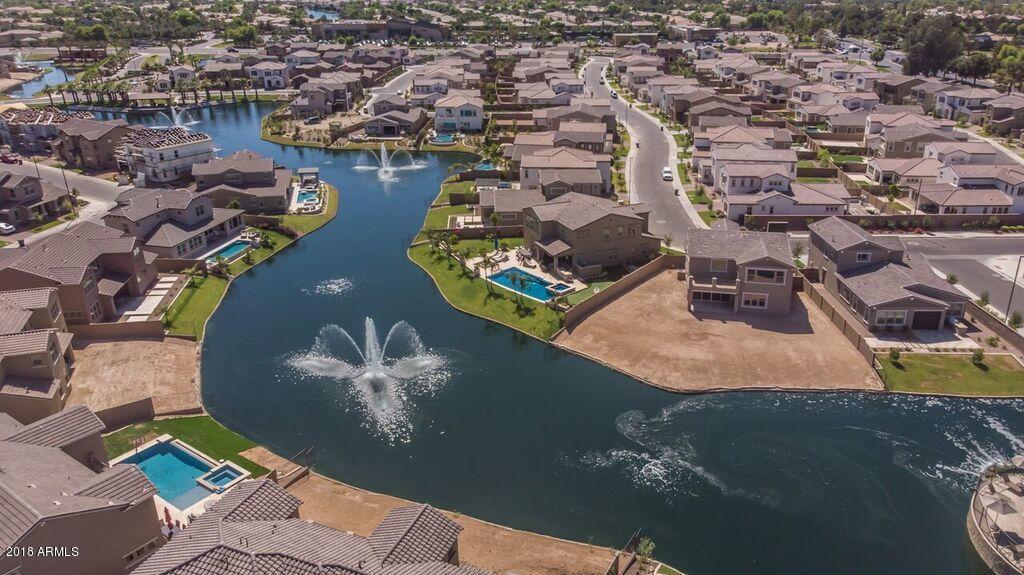 MLS 5773283 909 W GLACIER Drive, Chandler, AZ 85248 Community Pool