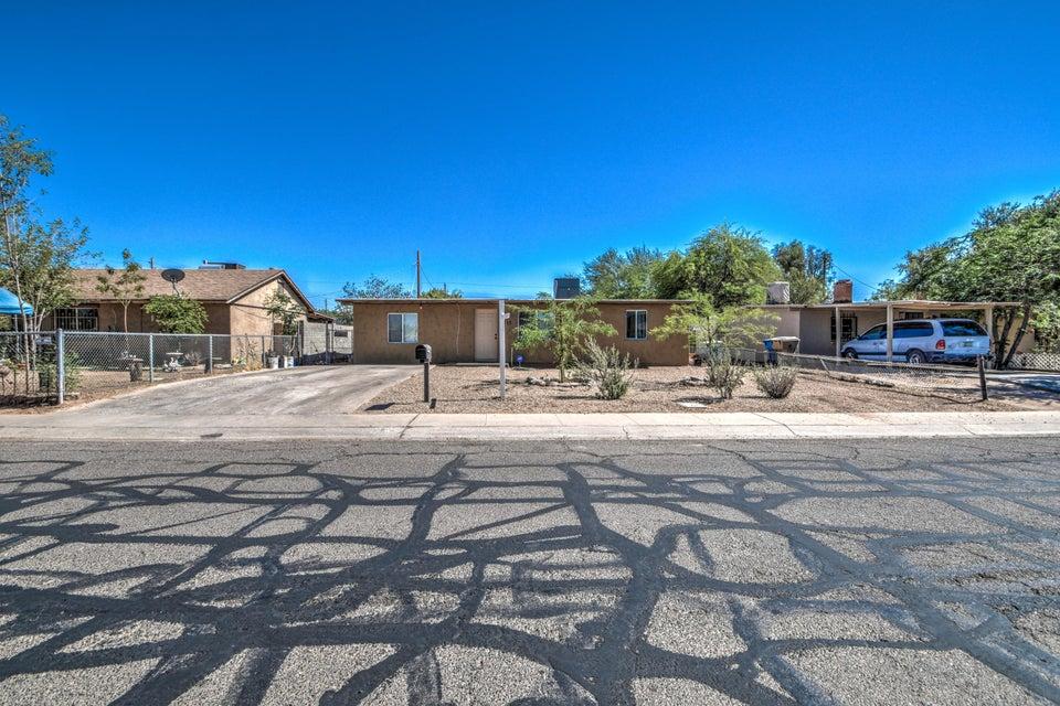 Photo of 1711 W TAMARISK Street, Phoenix, AZ 85041