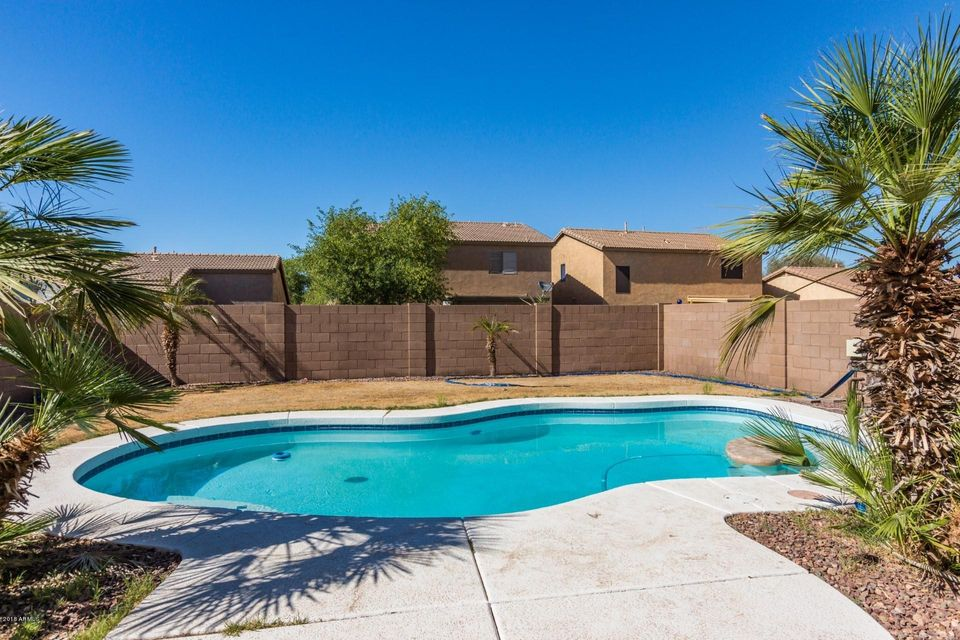 MLS 5774831 43936 W SAGEBRUSH Trail, Maricopa, AZ Maricopa AZ Private Pool