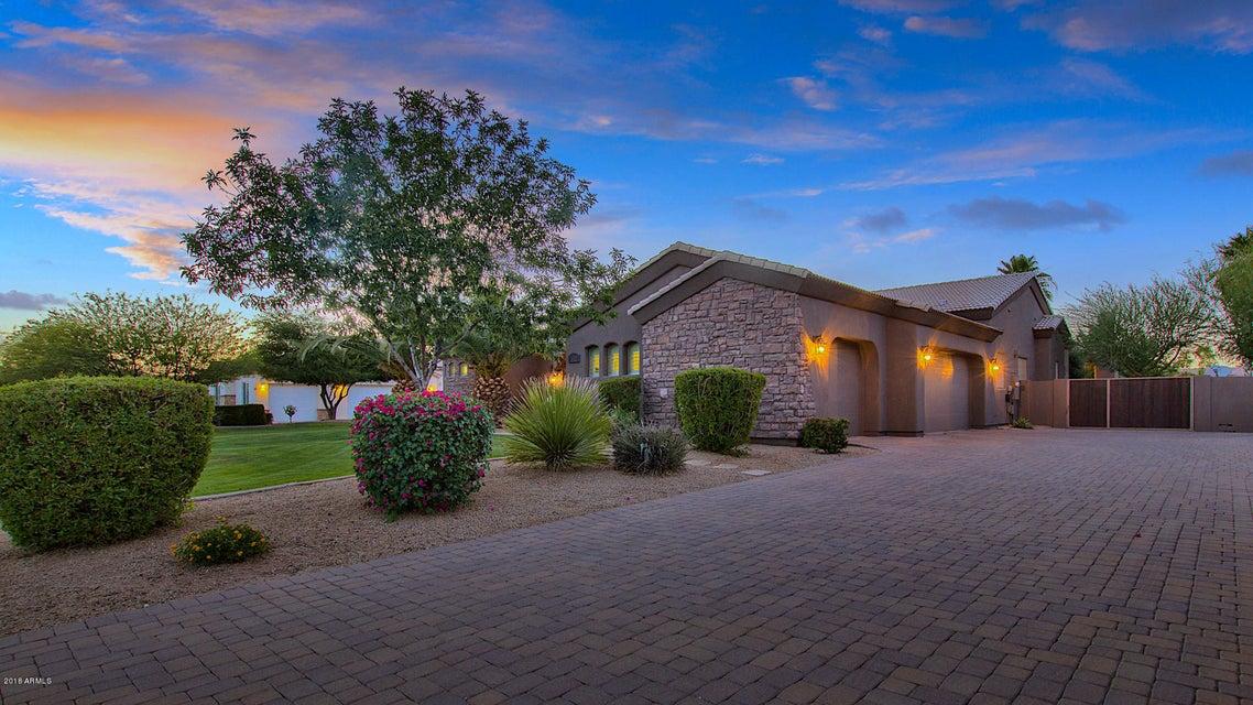 MLS 5774006 11322 E FLINTLOCK Drive, Chandler, AZ 3+ Car Garage