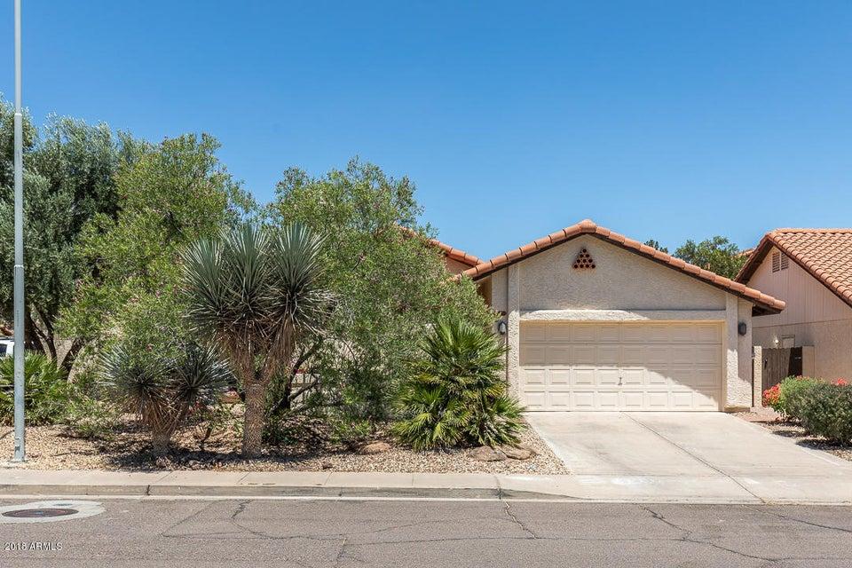 Photo of 1715 N LA ROSA Drive, Tempe, AZ 85281