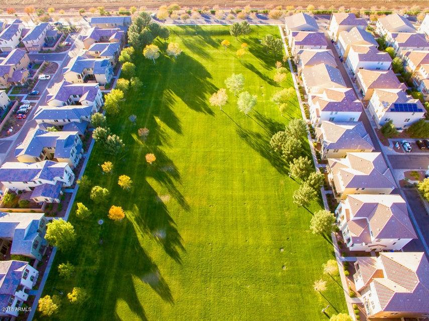 MLS 5774824 980 S HUISH Drive, Gilbert, AZ Gilbert AZ Cooley Station