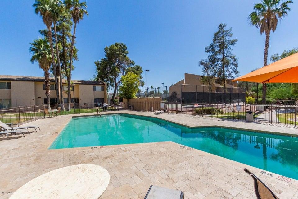 MLS 5775108 8055 E THOMAS Road Unit A203, Scottsdale, AZ 85251 Scottsdale AZ Golf