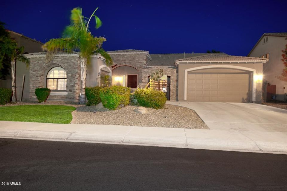 Photo of 3313 E POWELL Place, Chandler, AZ 85249