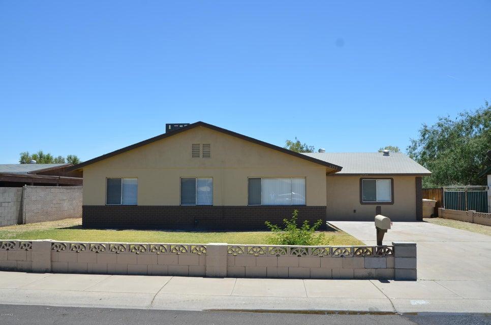 Photo of 6727 W ORANGE Drive, Glendale, AZ 85303