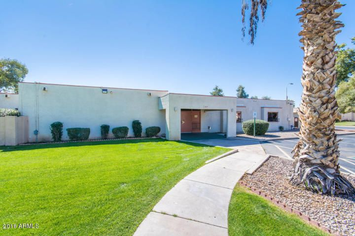 MLS 5775672 8848 N NEW WORLD Drive, Glendale, AZ Glendale AZ Luxury