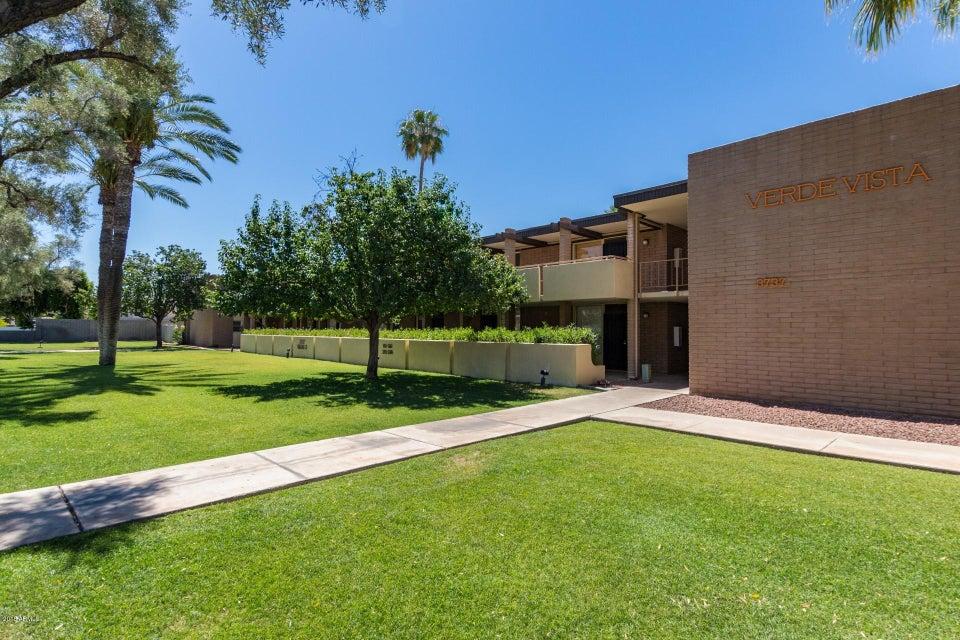 Photo of 3737 E TURNEY Avenue #224, Phoenix, AZ 85018