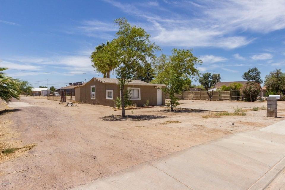 Photo of 507 E CLANTON Avenue, Buckeye, AZ 85326