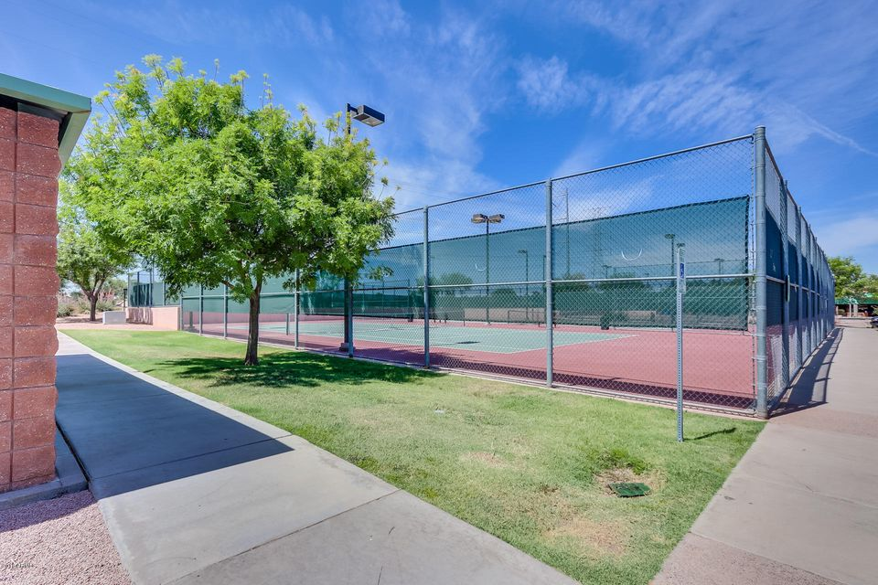 MLS 5784427 1176 W KROLL Avenue, Gilbert, AZ 85233 Gilbert AZ 5 or More Bedroom