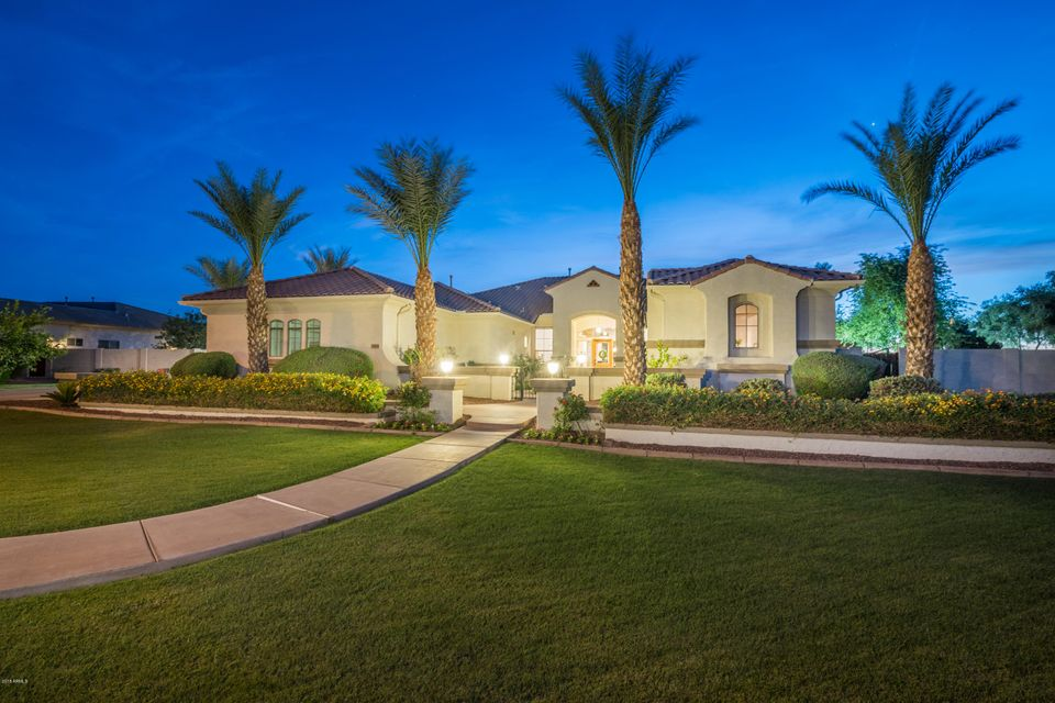 Photo of 6454 S DELMAR Court, Gilbert, AZ 85298