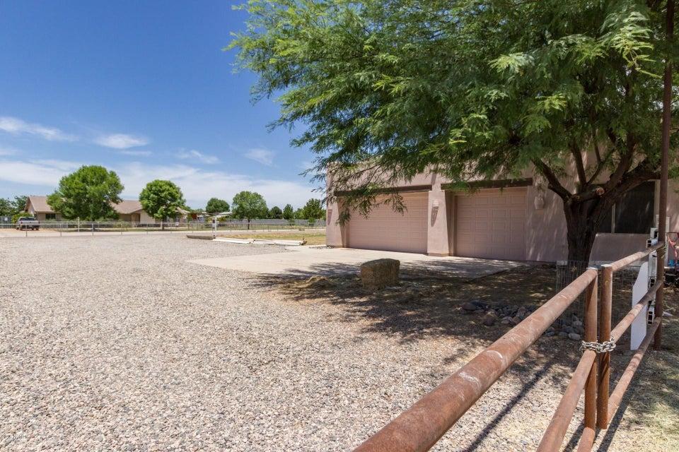MLS 5776890 6205 S 195TH Drive, Buckeye, AZ Buckeye Horse Property for Sale