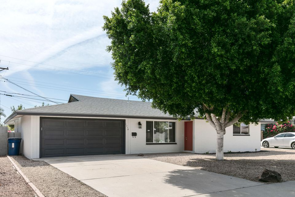 Photo of 1718 N BRIDALWREATH Street, Tempe, AZ 85281