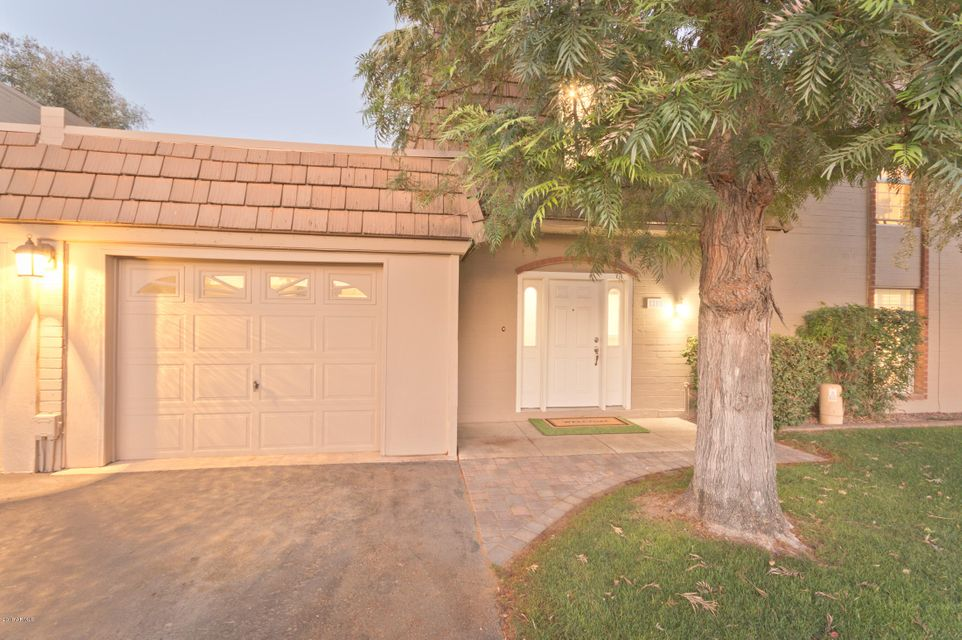 Photo of 1255 E MEDLOCK Drive, Phoenix, AZ 85014
