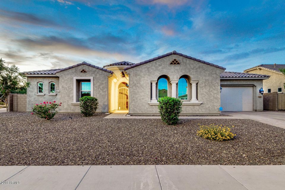Photo of 9450 W LOS GATOS Drive, Peoria, AZ 85383