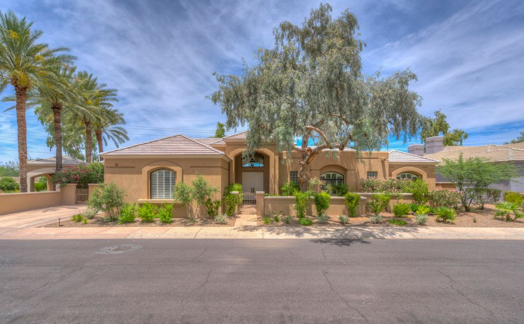 Photo of 7323 E GAINEY RANCH Road #21, Scottsdale, AZ 85258