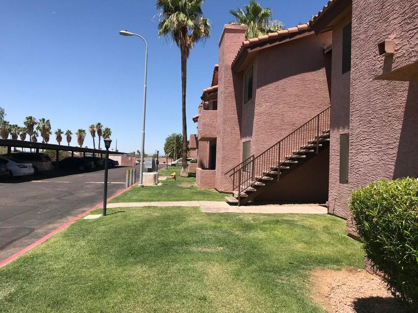 Photo of 1075 E CHANDLER Boulevard #114, Chandler, AZ 85225