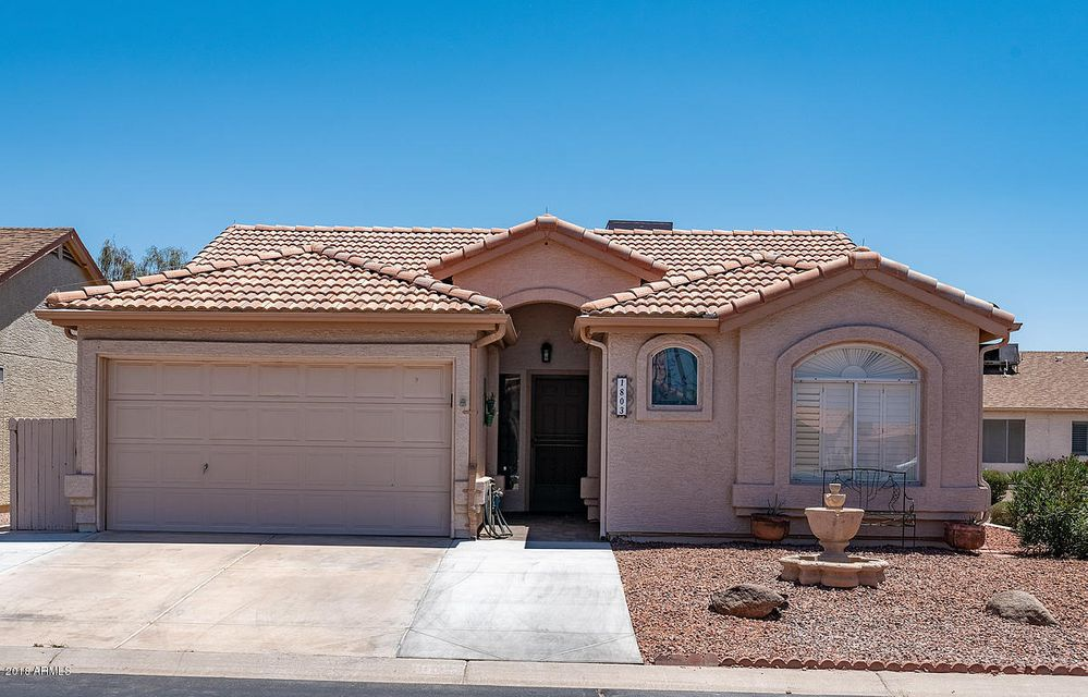 Photo of 1803 E COLONIAL Drive, Chandler, AZ 85249
