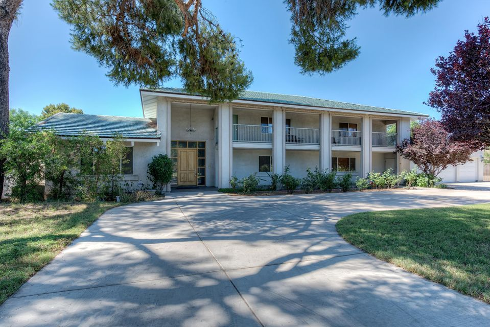 Photo of 107 W GLENDALE Avenue, Phoenix, AZ 85021