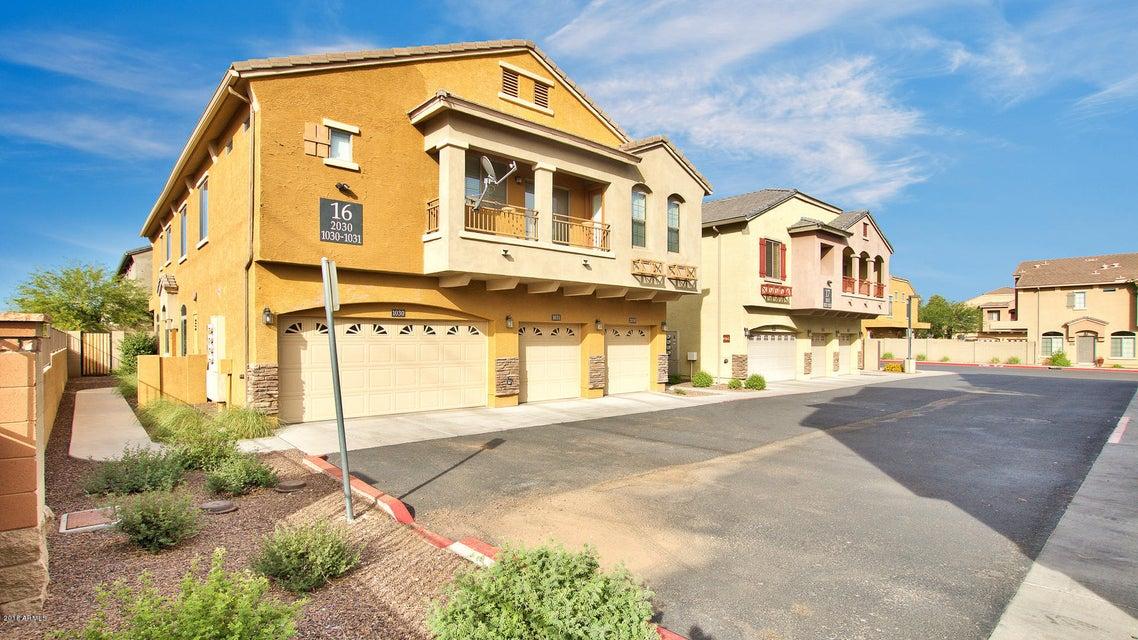 Photo of 2725 E Mine Creek Road #1030, Phoenix, AZ 85024
