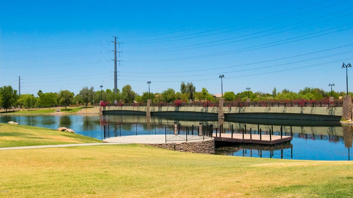 MLS 5777637 921 E CLOVEFIELD Street, Gilbert, AZ 85298 Gilbert AZ Layton Lakes