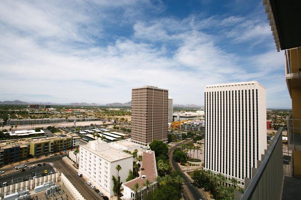 Photo of 207 W CLARENDON Avenue #E20, Phoenix, AZ 85013