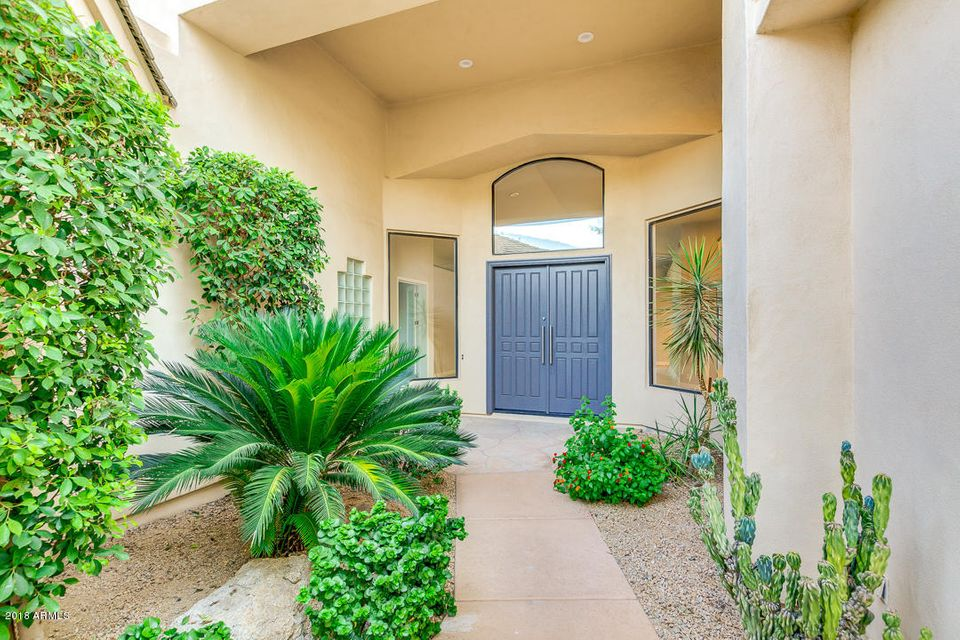 Photo of 7425 E GAINEY RANCH Road #3, Scottsdale, AZ 85258