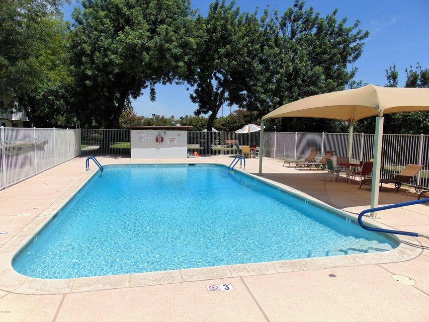 MLS 5778384 2532 W Berridge Lane Unit E-204, Phoenix, AZ Phoenix AZ Affordable